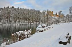 W0088 Alpsee Schloss Hohenschwangau.jpg