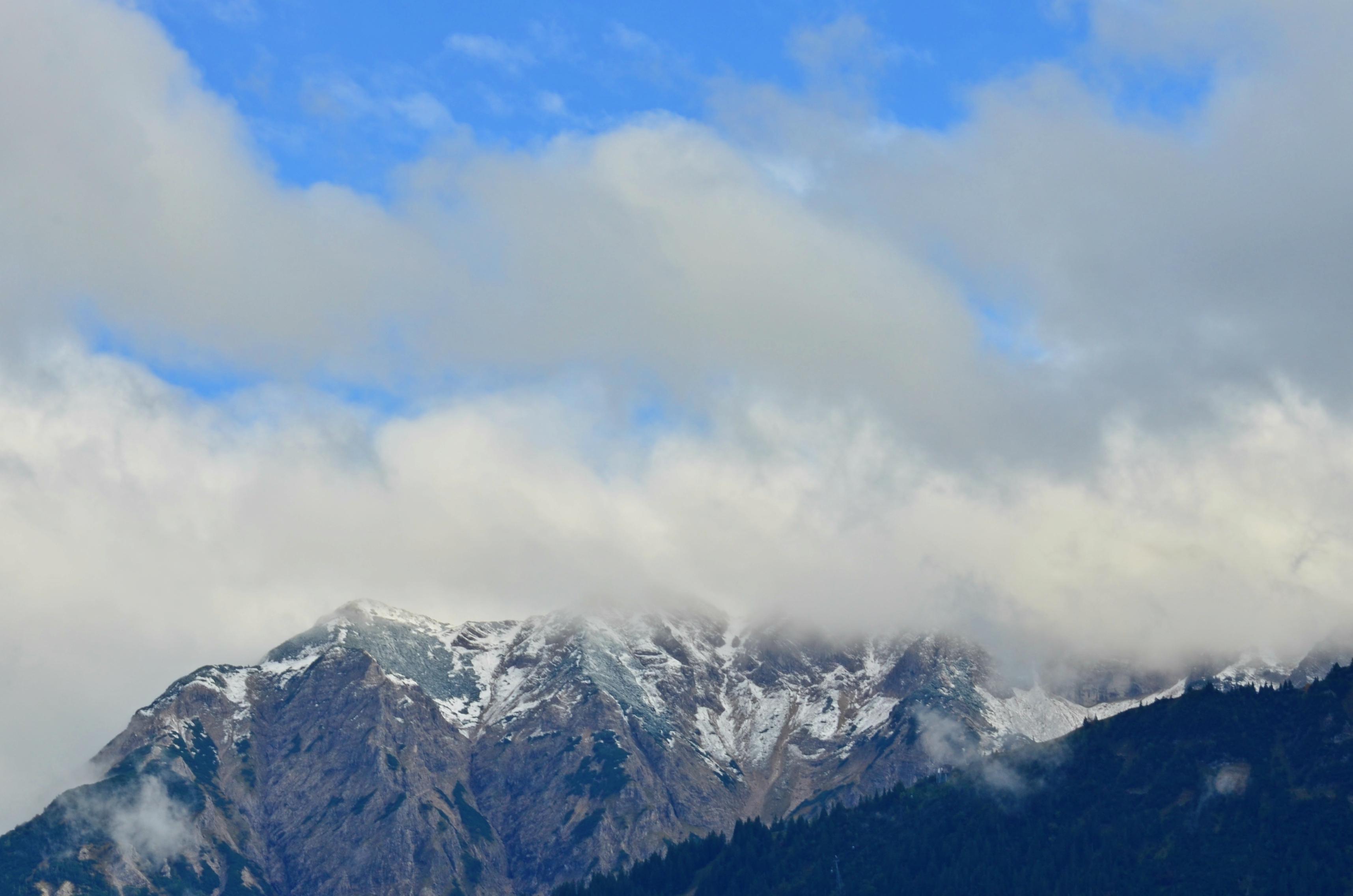 H0074 Erster Schnee Herbstanfang 2015.jpg