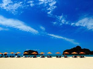 beach-694865_1920.jpg