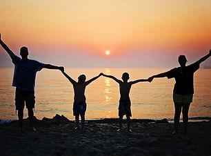 family-2611748_1280.jpg