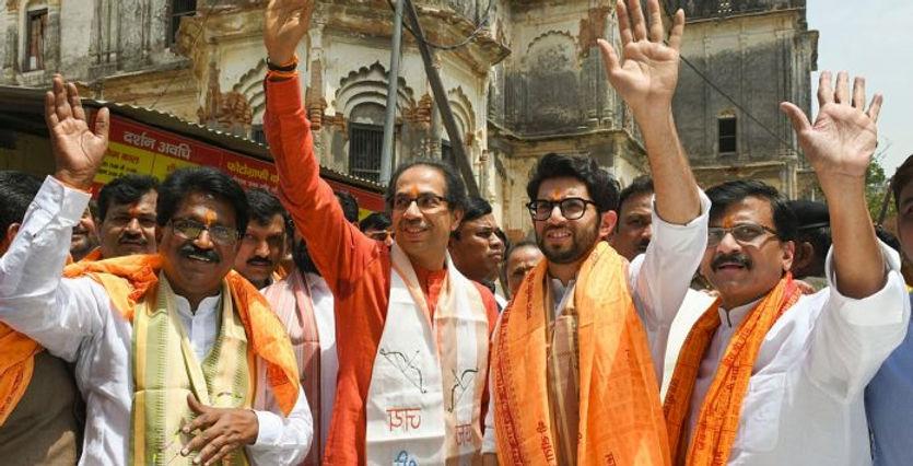 thackeray-ayodhya-696x392.jpg