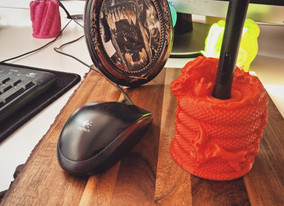 Red Dragon Wacom Pen Stand Holder.jpg
