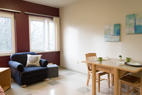 Halsell living room-1000px.jpg
