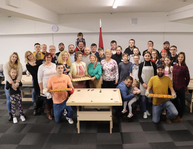 Latviešu tradicionalo ēdienu darbnīcas dalībnieku un Novusa kluba tikšanās kopbilde. 16/03/2019.