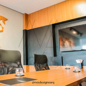 corporativo-gtda-sala-reuniões-mesa-frei