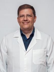 Dr. Carlos Villanova