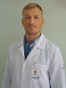 Dr. André Brunetto