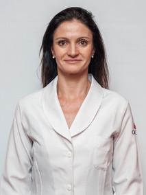 Dra. Fabíola Adélia Perin