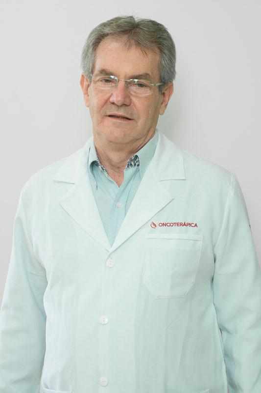 Dr. Rodolfo Coutinho Radke