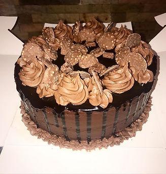 Chocolate drip cake 🎂 with dark chocola