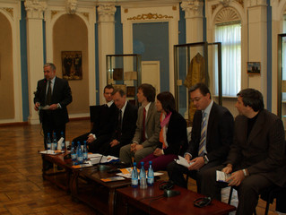 Podiumsdiskussion Migration und Multiethnizität früher und heute. Chisinau, 12. Oktober 2010
