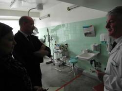 Prof_ Andreas Dietz zu Besuch Prof Sencu-mold_HNO-Klinik