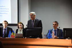 Dr_V_Dumbrava_Dr_ Bauer_ProrektorMihailGavriliuc_Dr_OlegPascal