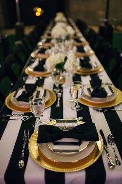 expert wedding table look