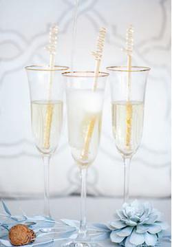 expert wedding champagne