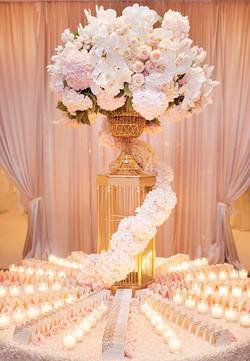 expert wedding table clothes
