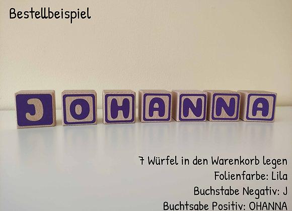 Holzwürfel mit Buchstaben