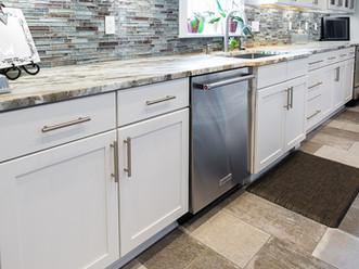 custom-kitchen-bathroom-cabinets-02.jpg