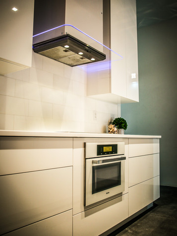 home-custom-kitchen-cabinets-design-07.j