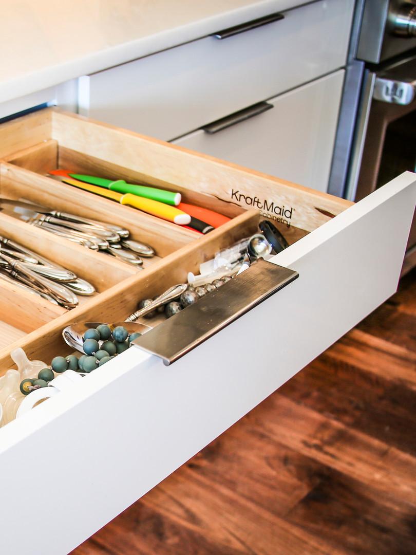 home-custom-kitchen-cabinets-design-11.j