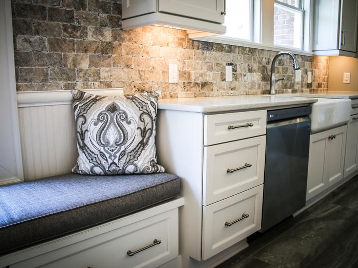 home-custom-kitchen-cabinets-design-05.j