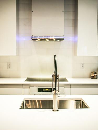 home-custom-kitchen-cabinets-design-09.j