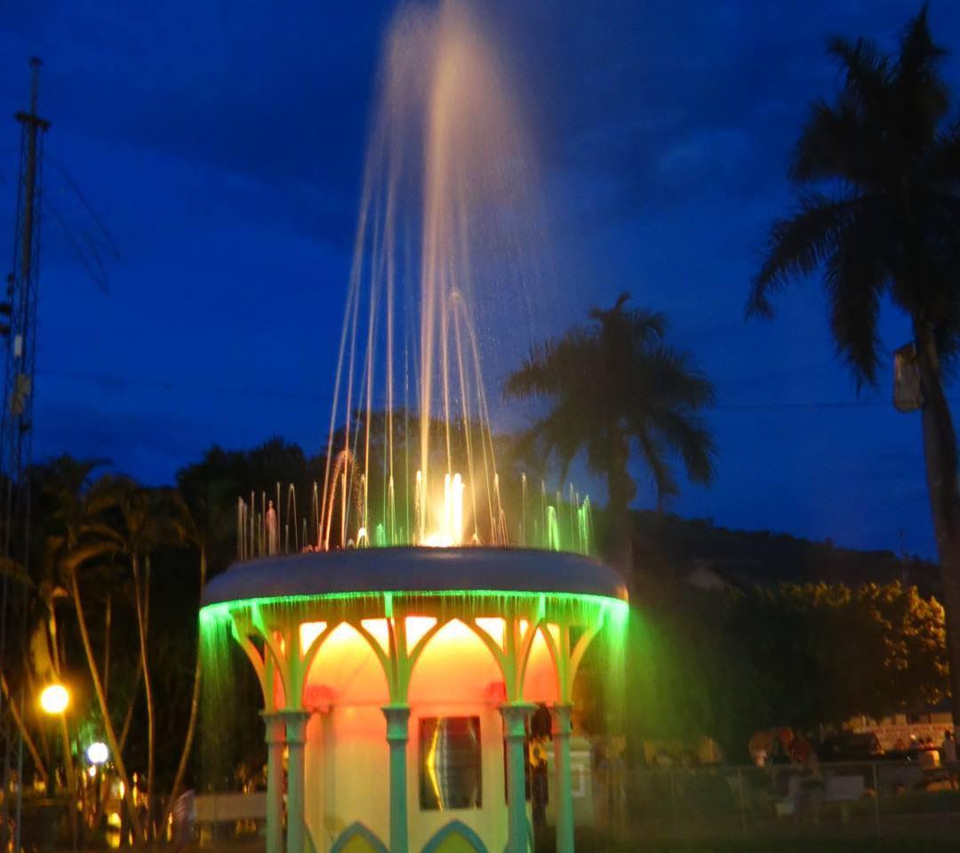 fonte luminosa Praça da República