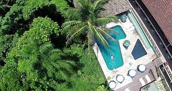 piscinas.webp
