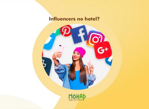 Influencers em seu hotel, aceitar ou não essa parceria?