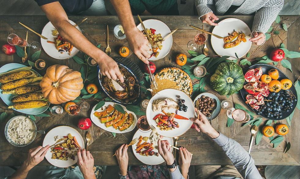 group meal, dinner, friends, supper, sum