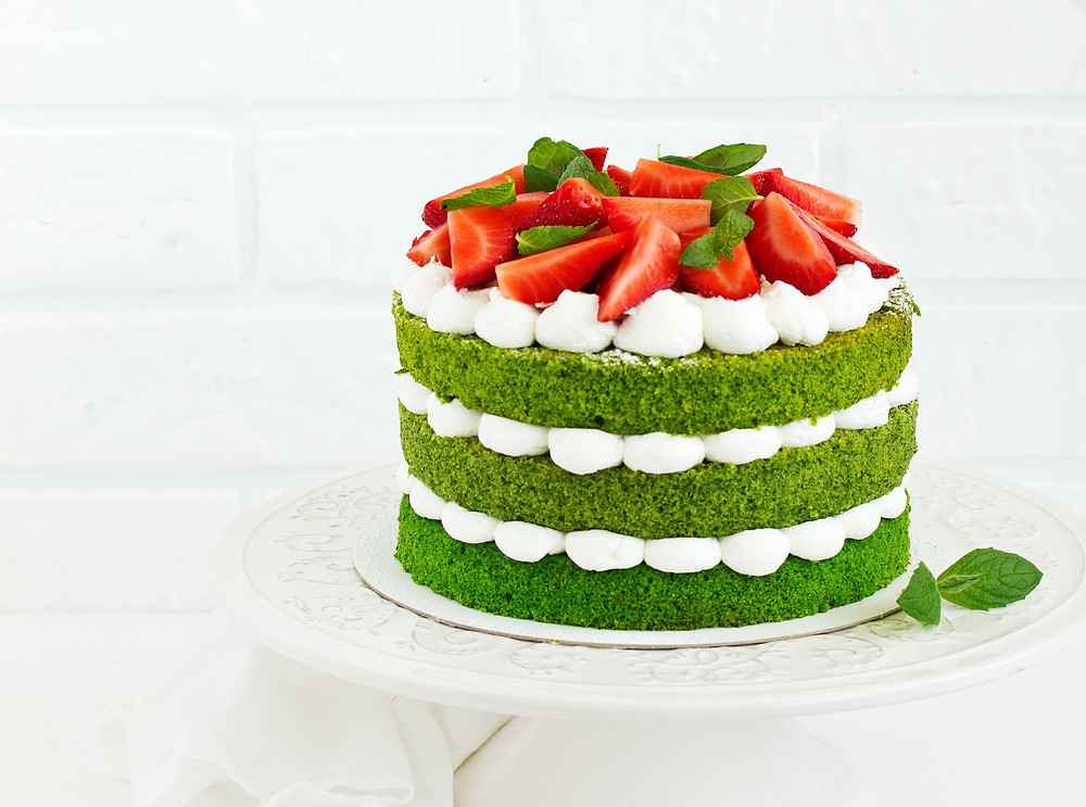 Green cake with spinach and cream cheese frosting