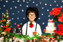 12/23(金)祝日。先着20名さま限定!コドモノフォト特別企画VOL.7【前髪チョッキン!& お花でクリスマスフォト】を開催いたします!