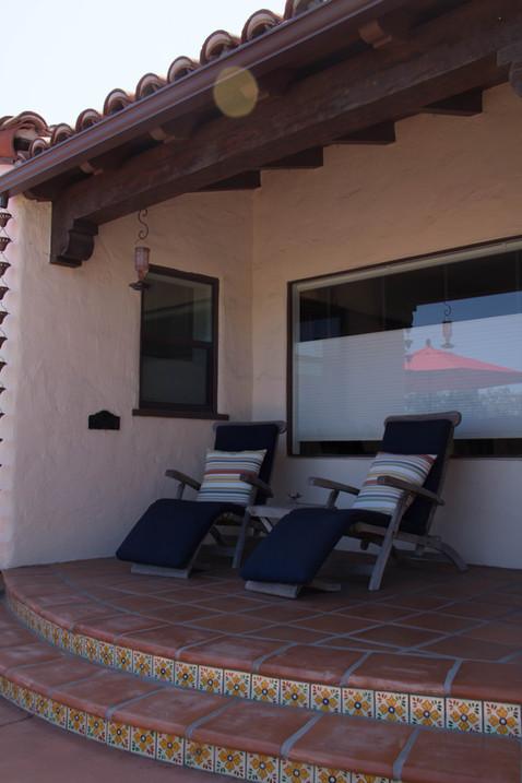 Saltillo Tile Design and Accenting Mexican Deco Tiles