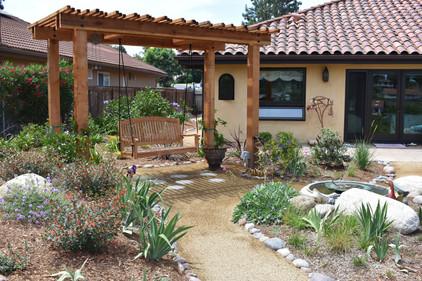 Swing Bench Design in Landscape