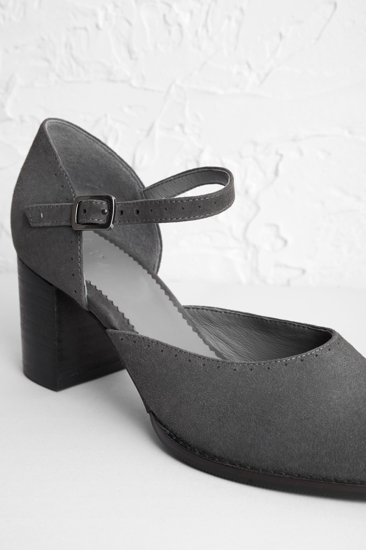 Evie Shoe - Cherit - edited.jpg