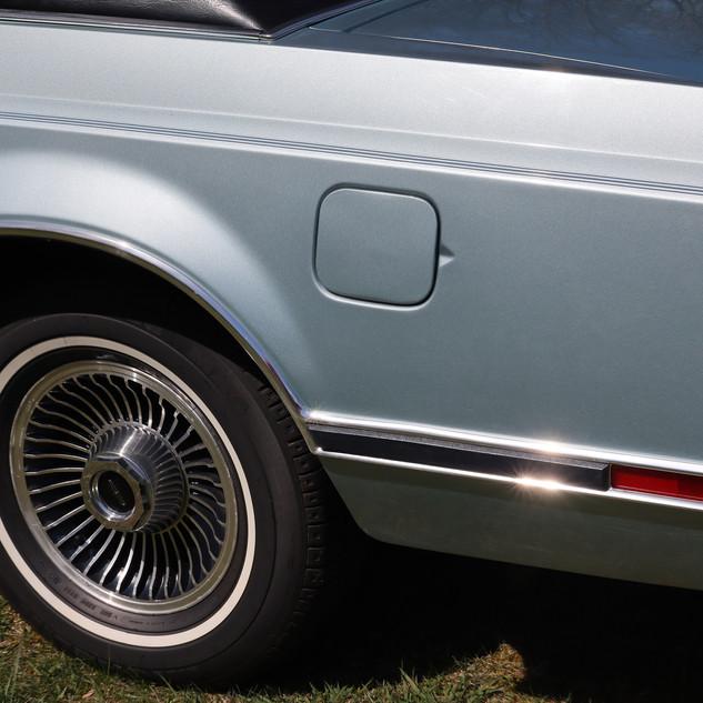 sm lincoln left rear quarter.jpg