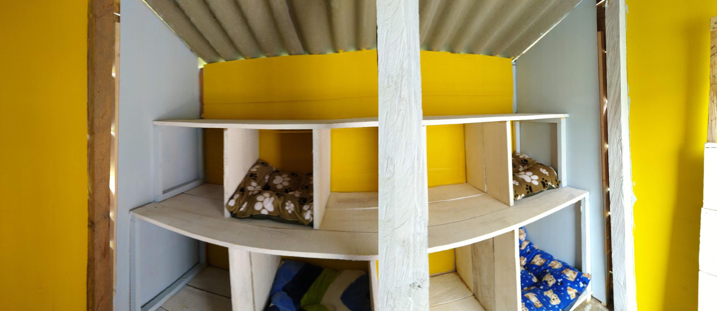 Cubiculos sin puerta habitación libre