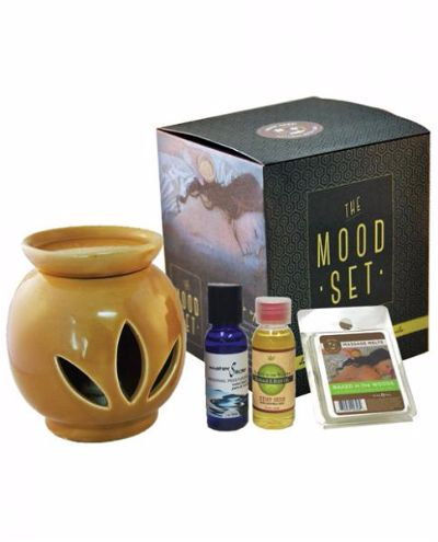 The Mood Set Massage Melts, Massage Oil & Watersli