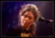 """Emma Daumas, concert à Paris """"Les Trois Baudets"""", en 2016"""