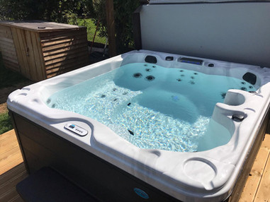 LSS Hot Tub 3.jpg