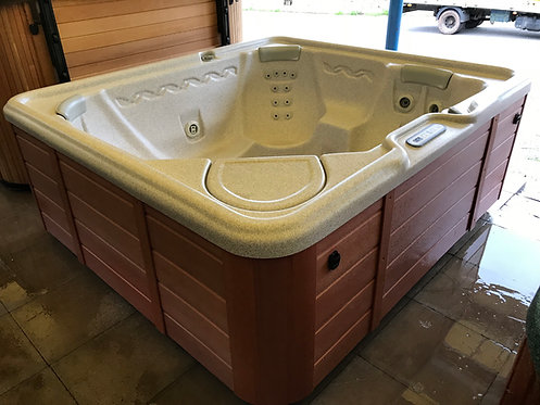 Preowned Hotsprings Bengal Hot Tub