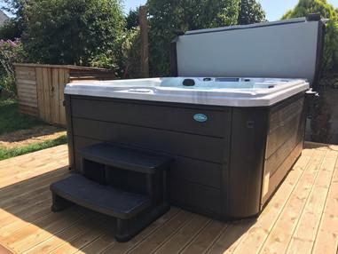 LSS Hot Tub 4.jpg