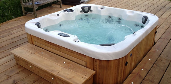 Lakeside Spas Used Hot Tubs.jpg