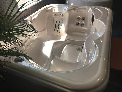 Preowned Hotsprings Jetsetter Hot Tub