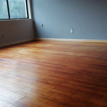Mantenimiento de muros y piso de madera