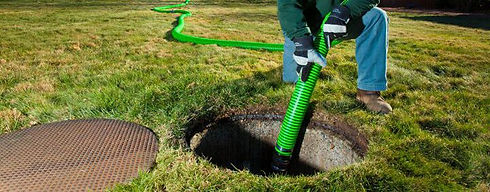 septic pumping.jpg