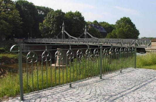 Liebesschlossgeländer Paradiesbrücke Zwickau