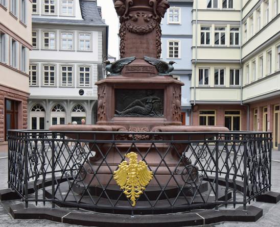 Stoltze-Brunnen Geländer, Frankfurt