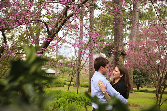 Engagement Session - $400 + Tax ($100.00 Deposit)