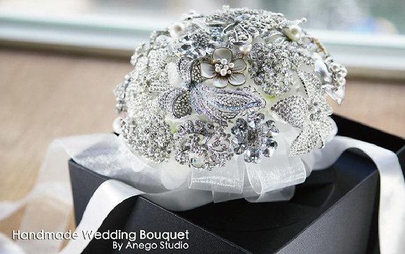 White jewelry bouquet